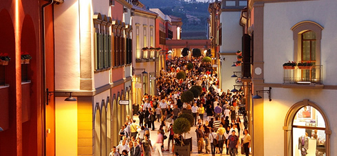 Città Sant Angelo Outlet Village  379a72af574